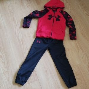 Under Armour track suit - size 5 boys